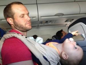 porte-bebe-voyage-avion